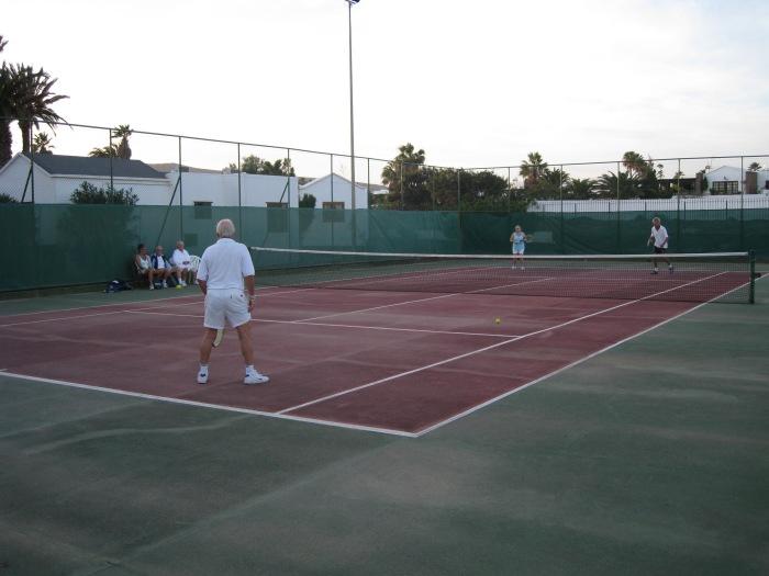 31) Las Brisas has 2 tennis courts _ a boules court